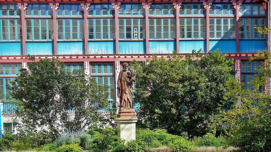 Pocos símbolos hay en Chamberí que nos conecten con nuestro pasado tanto como el viejo Hospital de San José. Si venimos de tan lejos seremos capaces de seguir adelante en el futuro   ÁNGEL ALDA