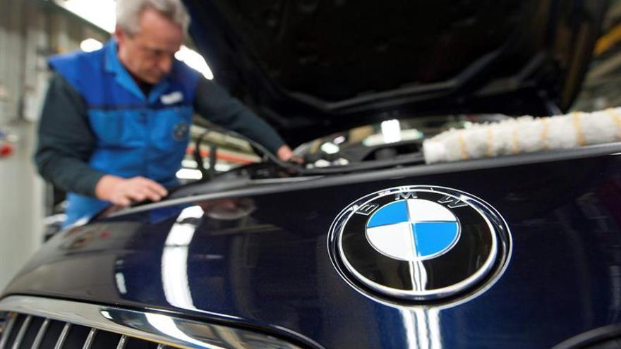 Línea de montaje de BMW. EFE
