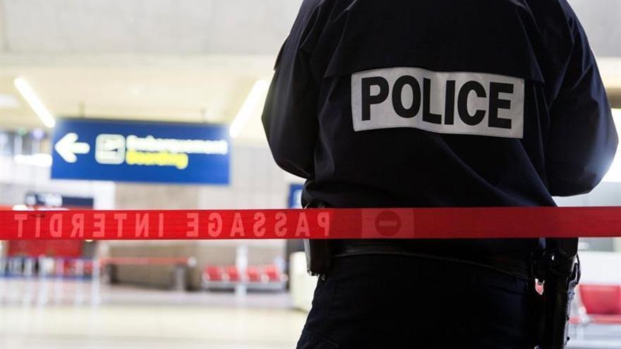 La policía gala arresta a un hombre y desmantela un proyecto de atentado