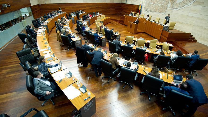 Pleno de la Asamblea de Extremadura