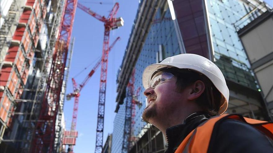 Ocho de cada diez trabajadores se declaran felices en su empleo, según Adecco