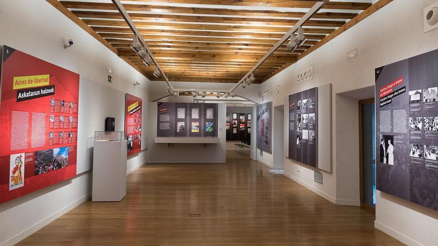 El Museo del Carlismo acoge hasta mayo la exposición 'Montejurra. La montaña sagrada'