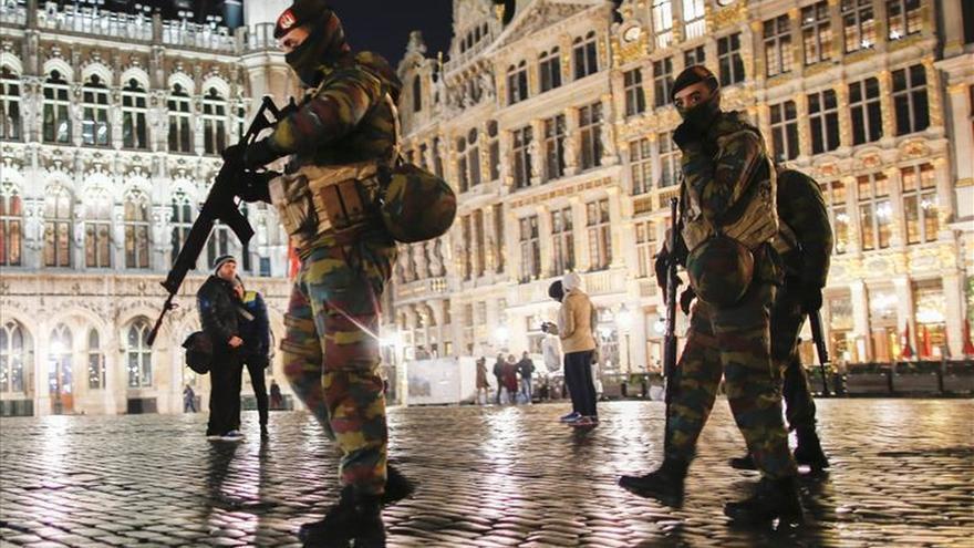 Apuñalado un turista estadounidense en plena Grand Place de Bruselas