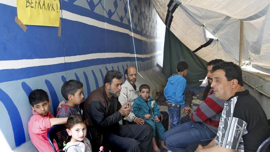 48 muertos por falta de alimentos en un campo de refugiados palestinos en Siria