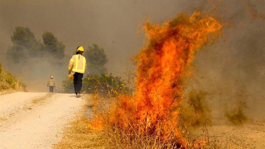 Estabilizado el incendio de Vallbona tras quemar cerca de 800 hectáreas