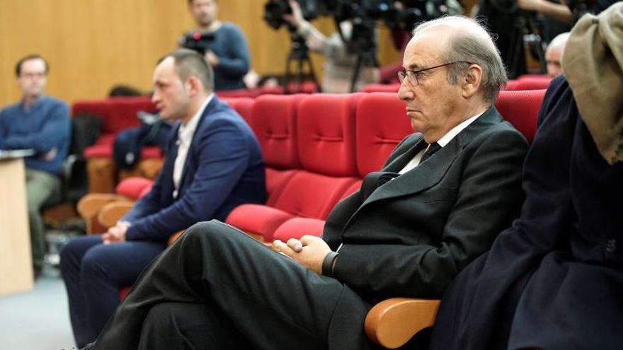 La familia Franco pide al Tribunal Constitucional que paralice la exhumación