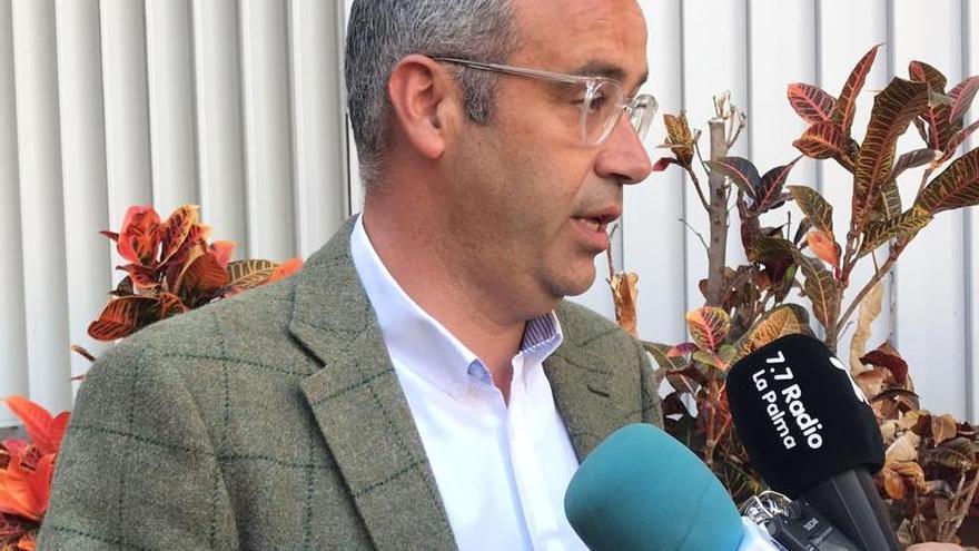 Sergio Matos este domingo antes de proceder a la votación.
