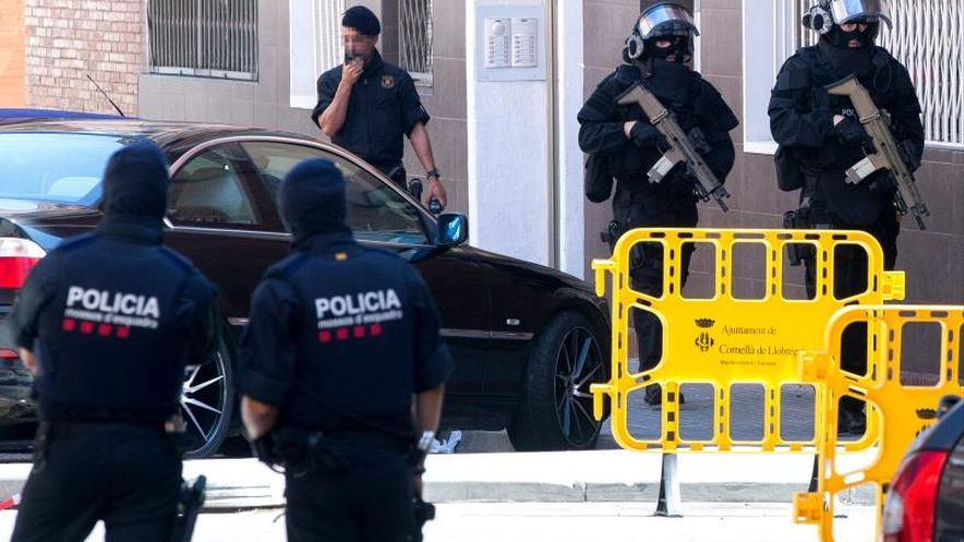 Interior mantiene el nivel 4 de alerta antiterrorista tras el ataque de Cornellà