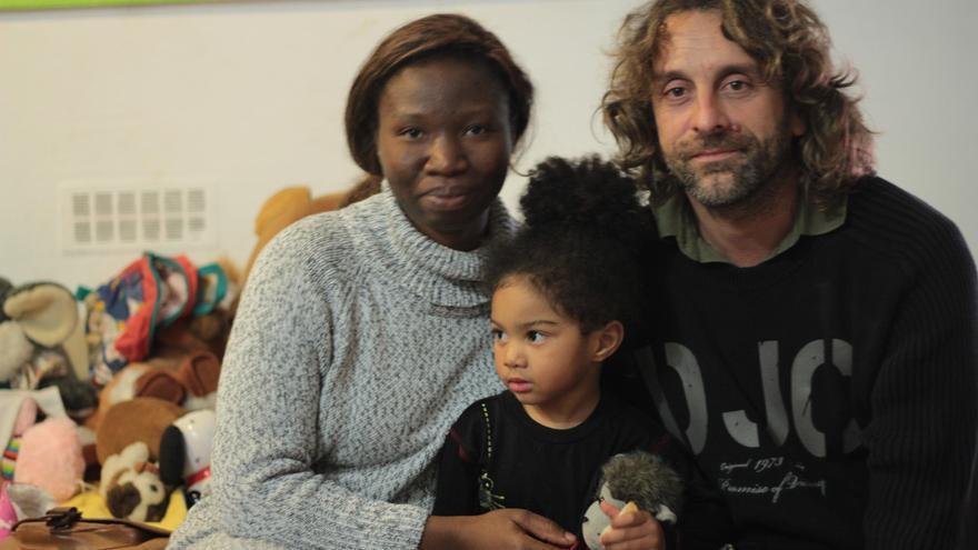 Mario Palomeque con su familia / Irene Ortega