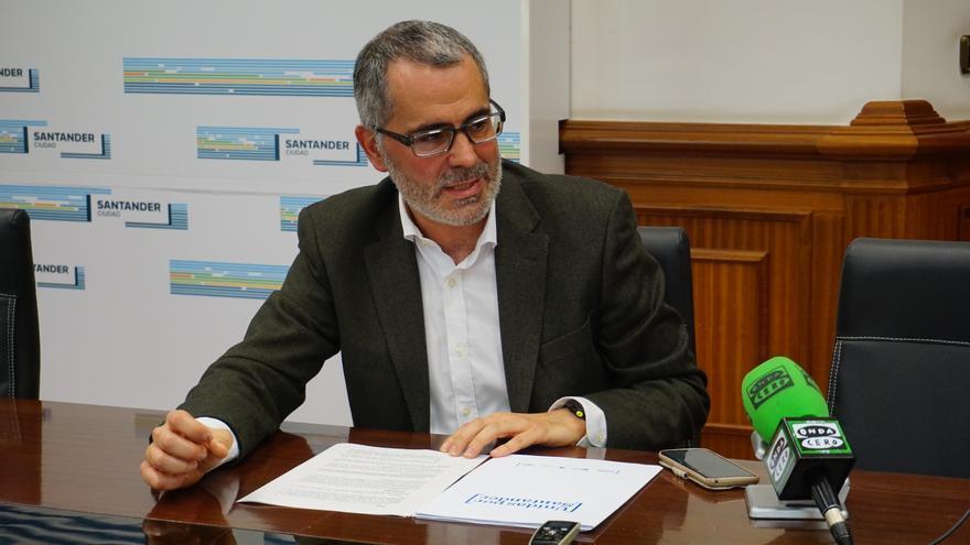 Miguel Saro, portavoz de Unidas por Santander. | EVA MORA