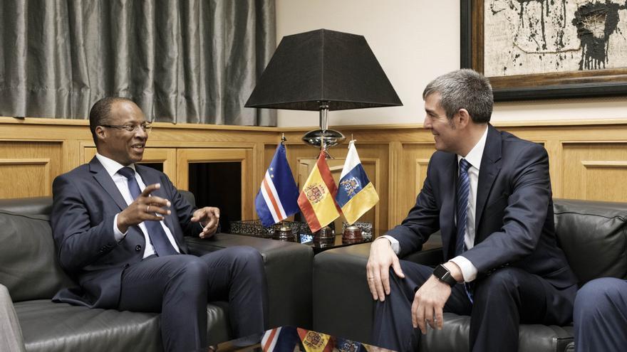El presidente del Gobierno de Canarias, Fernando Clavijo, y el primer ministro de Cabo Verde, José Ulisses Correia e Silva