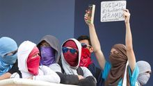 La Policía hondureña inicia el desalojo de estudiantes de una universidad estatal