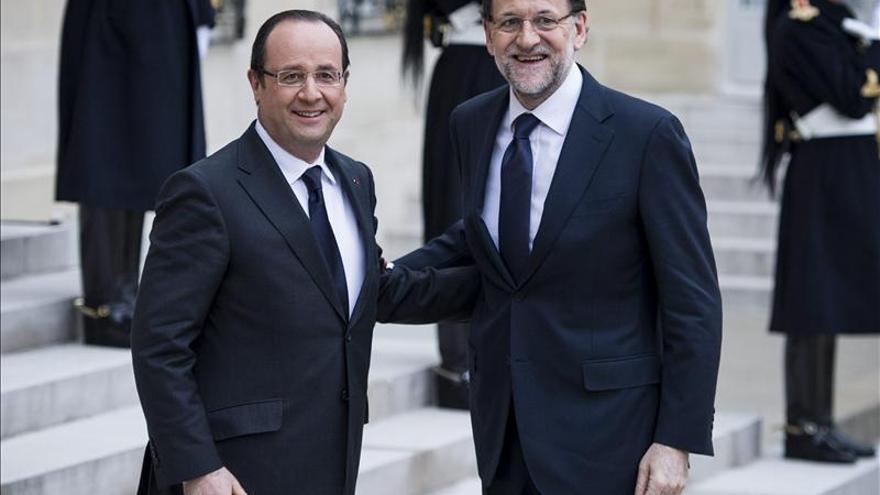 Rajoy y Hollande perfilan hoy su estrategia ante la cumbre de la UE de junio