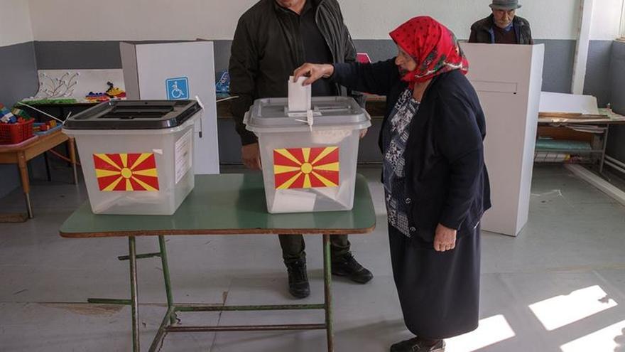 Zaev se ve confirmado por el claro sí en referendo a pesar de falta de quórum