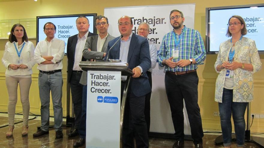 Pedro Antonio Sánchez (PP) comparece hoy acompañado de sus 21 diputados que han obtenido escaño en Murcia