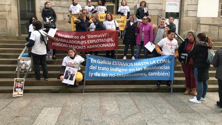 Manifestación de las trabajadoras de residencias de mayores en Galicia.
