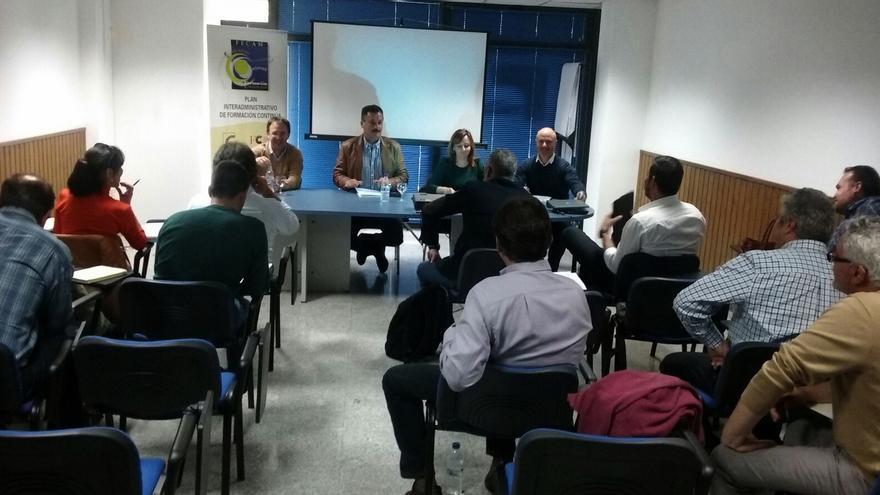 Nieves Lady Barreto se reunió con alcaldes y concejales del urbanismo.