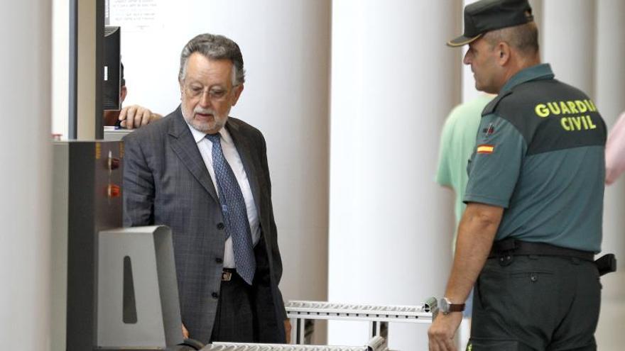 El exvicealcalde Grau afronta el juicio por aceptar relojes como soborno