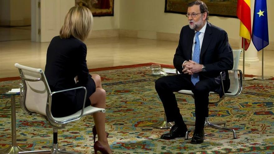Rajoy defiende no tomar medidas contra Barberá hasta ver si se le acusa