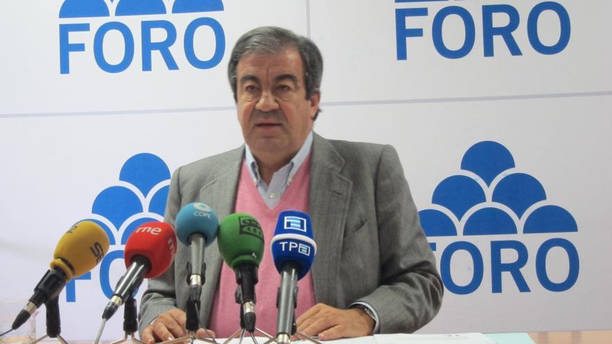 Cascos atribuye la dimisión de Esperanza Aguirre con una discriminación económica del Gobierno con Madrid