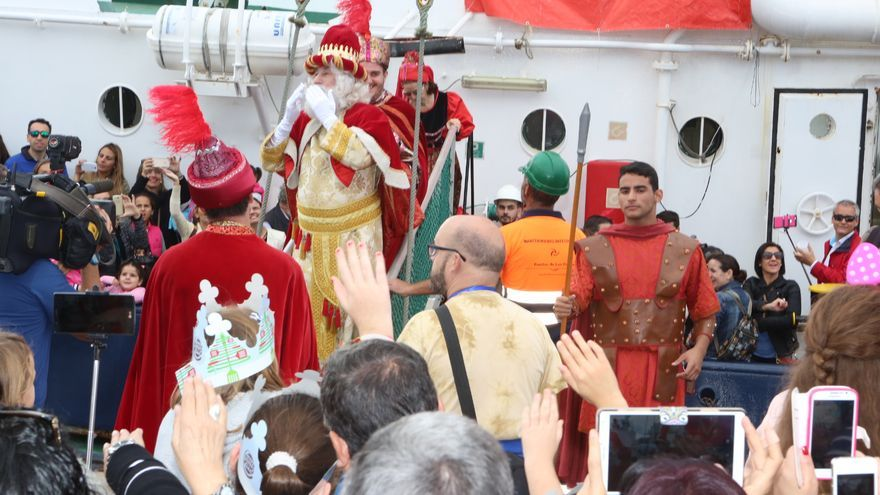 Los Reyes Magos llegan a la capital grancanaria. (Alejandro Ramos).