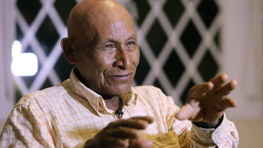 El indígena colombiano Antonio Bolívar viaja de la Amazonía a la alfombra roja de los Óscar