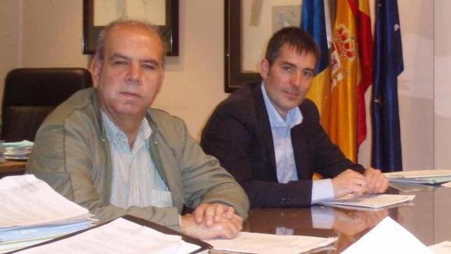 Pérez Godiño y Clavijo cuando el segundo era alcalde de La Laguna