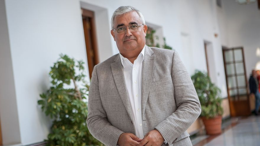 Arellano se reúne este miércoles con Montero para abordar las inversiones y los planes de empleo para Andalucía