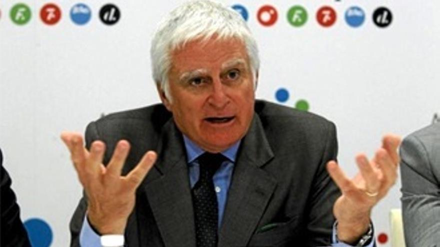 """Paolo Vasile: """"Adopté la estrategia de Mourinho, soy el pararrayos de Mediaset"""""""