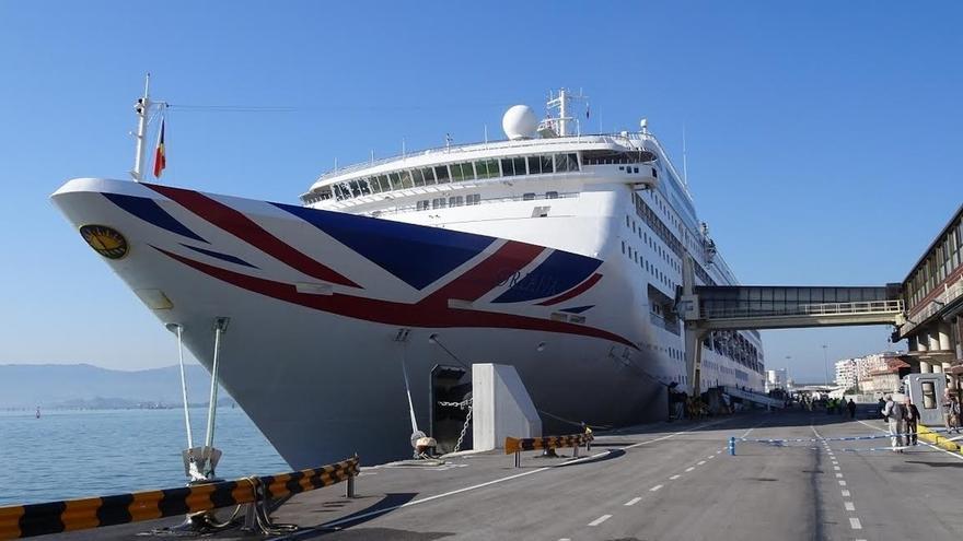 El 'Oriana' estrena la temporada de cruceros en Santander con 1.860 pasajeros