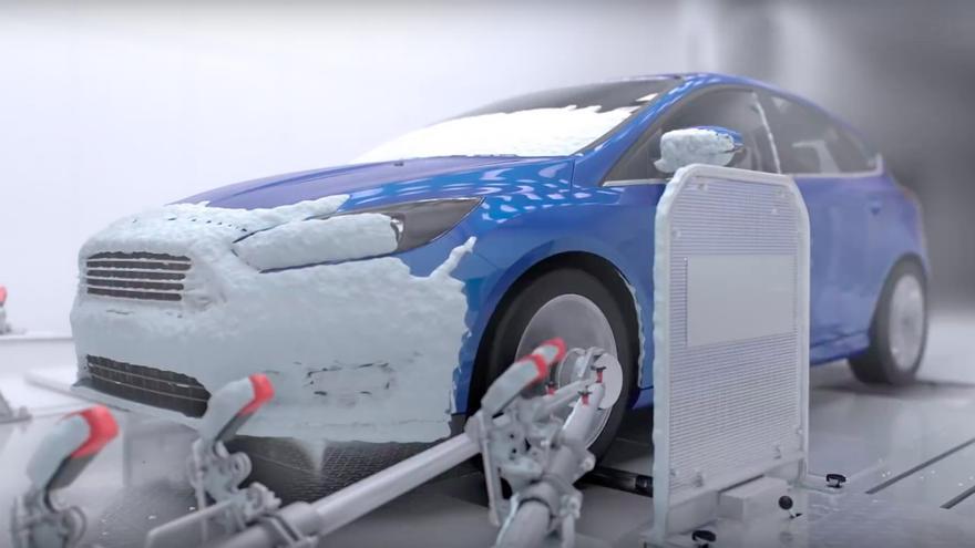 Ford Focus sometido a pruebas climatológicas extremas.