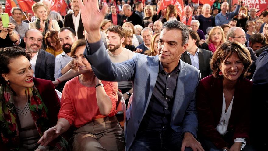 """Vox acusa a Sánchez ante el Supremo de colocar a Delgado en la Fiscalía para que siga sus """"intereses espurios"""""""