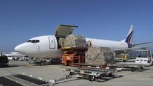 Canarias recibe dos nuevos aviones con suministros sanitarios para garantizar la protección en la fase 2