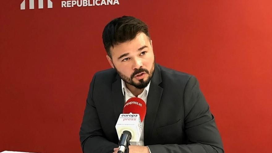 """Rufián (ERC) cree que el votante de CatComú irá a votar el 1-O """"sin saber qué piensa Colau"""""""