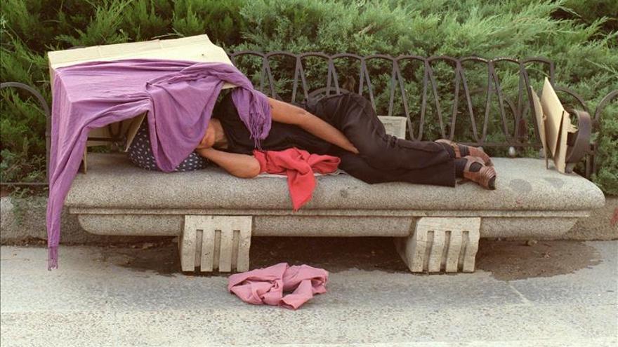 Fallece en Valencia un hombre que dormía en la calle