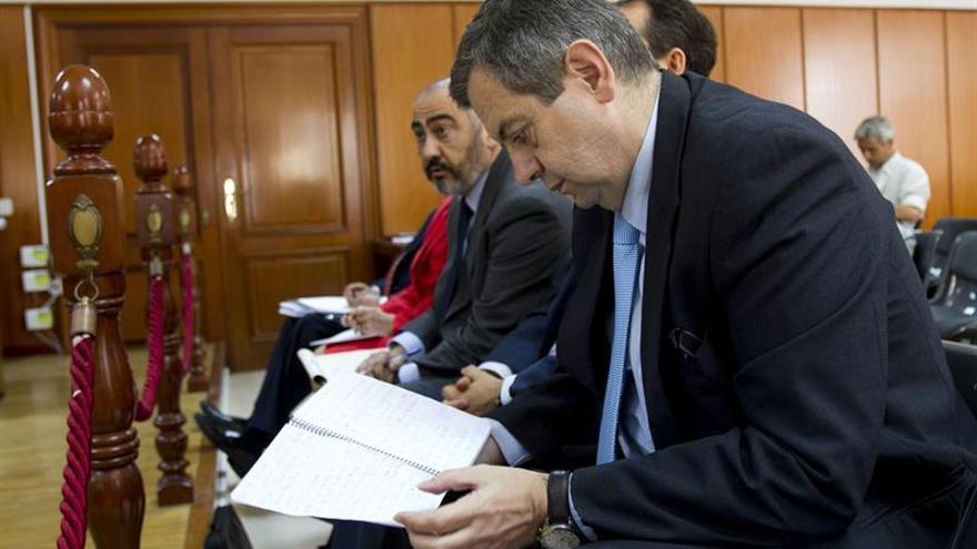 La Fiscalía pide 10 años de prisión para el exdelegado de la Zona Franca Cádiz