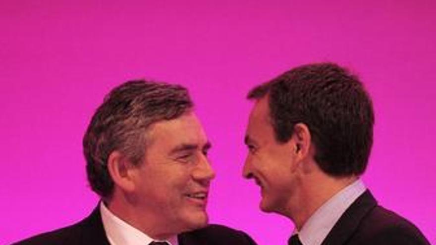 """Zapatero dice a Brown que para ganar elecciones hay que ser """"coherente"""""""