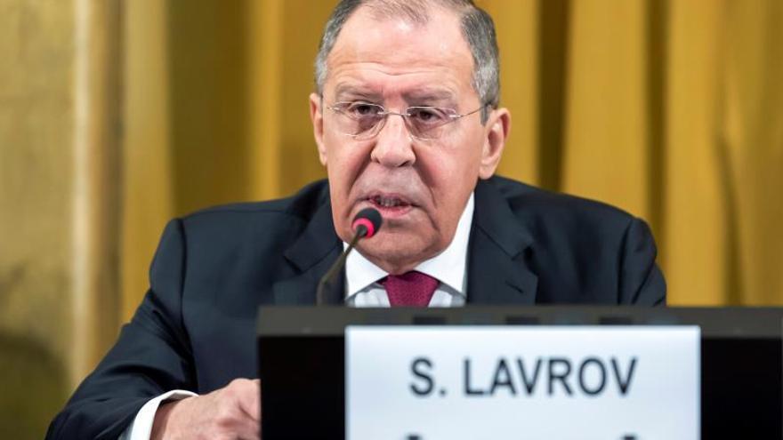 """Lavrov y Al Maliki abordan necesidad """"urgente"""" de recuperar unidad palestina"""
