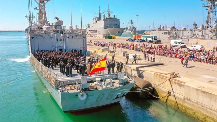 La fragata Canarias emprende viaje para incorporarse a la Operación Atalanta