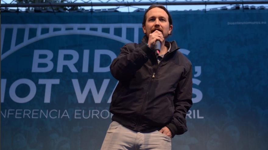 """Pablo Iglesias en el encuentro """"Puentes, no muros""""."""
