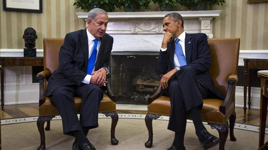 """Obama pide a Netanyahu un alto el fuego humanitario """"sin condiciones"""" en Gaza"""