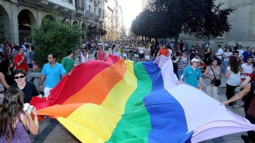 El Instituto Andaluz de la Juventud organiza unas jornadas formativas sobre Lgtbi en Torremolinos