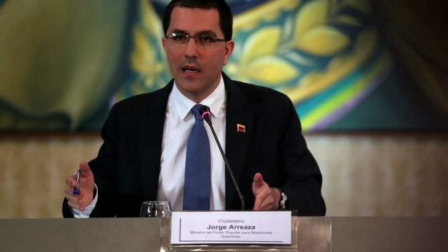 Venezuela denuncia que Argentina no aprobó permisos para vuelo de repatriados
