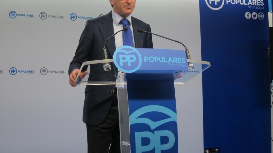 """Alonso (PP) propone al PSOE """"negociar y pactar"""" y al PNV """"que se incorpore"""" al acuerdo de gobernabilidad"""