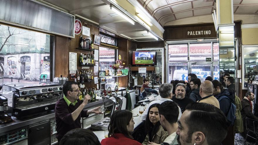 El bar El Palentino en su penúltimo día de actividad.
