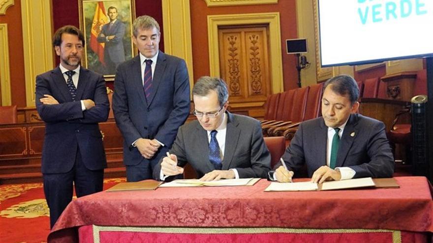 Carlos Alonso, Fernando Clavijo, Pedro Miró y el alcalde de Santa Cruz, José Manuel Bermúdez