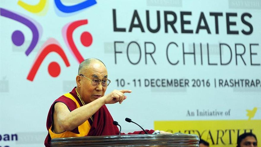 Mongolia promete a China que no permitirá más visitas del dalái lama al país