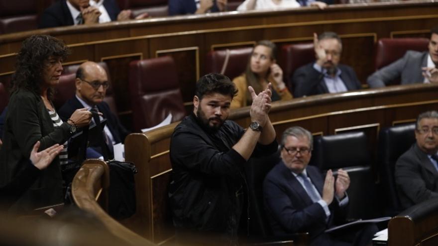 Diputados del PP exigen a los independentistas que han plantado al Congreso que renuncien a sus nóminas