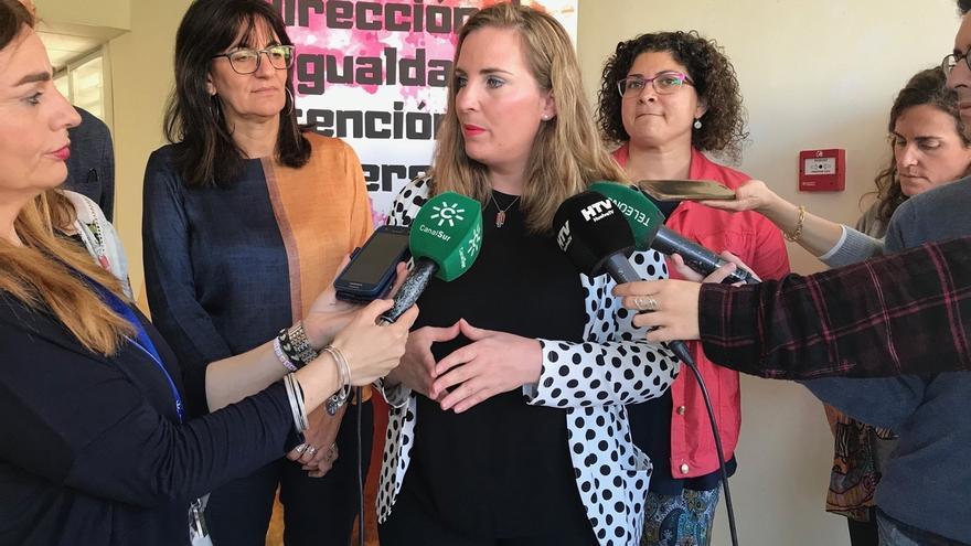"""PSOE-A exige a Cs aclarar si """"está dispuesto a desproteger a las mujeres andaluzas por algunos sillones en la Junta"""""""