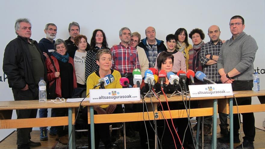 """Madres y padres de los procesados por la agresión de Alsasua piden su """"inmediata puesta en libertad"""""""